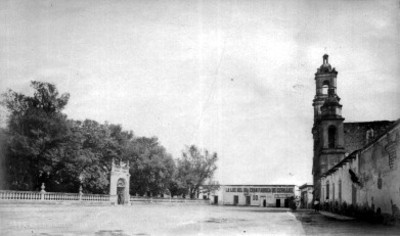 Jardín e iglesia de San Marcos en Aguascalientes