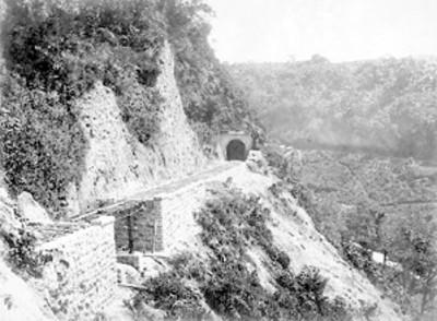 Tunel N°. 5 en la barranca Metlac, 21