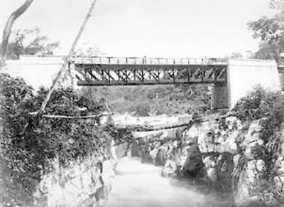 Puente de F.C. Nacional