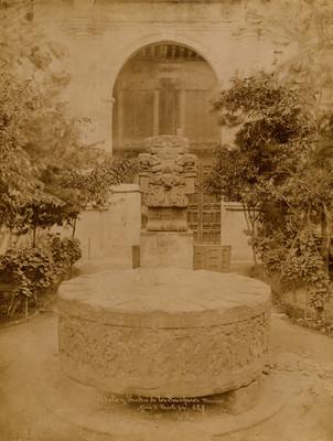 """""""629. Idolo y piedra de los Sacrificios"""", Piedra de Tizoc"""