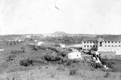 """""""Xalapa, conel cerro de Marultepec al fondo"""", vista parcial"""