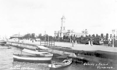 """""""Malecón y Faros"""" del puerto de Veracruz"""", vista parcial"""