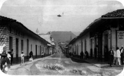 """""""Calle principal"""" de """"Huatusco"""", vista parcial"""