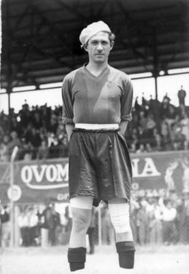 Futbolista Olivares, retrato