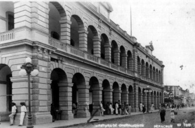 Vista parcial de un edificio en el centro de Veracruz