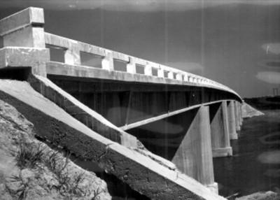 Puente entre los estados de Tabasco y Veracruz