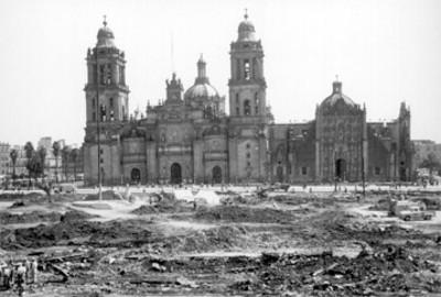 """Obras de pavimentación de la Plaza de la Constitución """"Zócalo"""""""