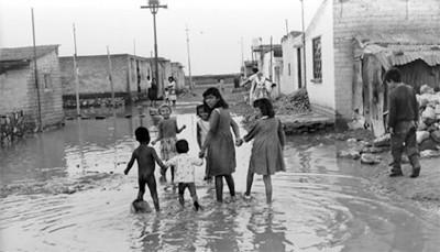 """Inundación en un """"barrio de una colonia al oriente de la ciudad"""""""