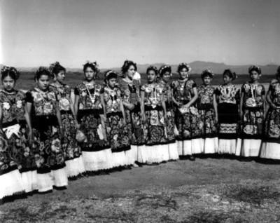 Mujeres juchitecas, retrato de grupo