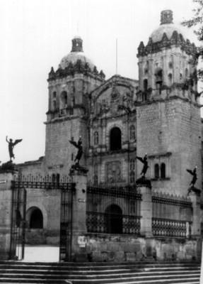 Iglesia de Santo Domingo, vista de conjunto