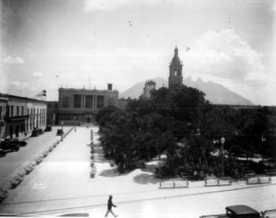 Camino Catedral y vista de la Silla