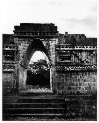 Arco Labná II