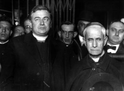 Jorge José Caruna es recibido por el arzobispo Mora y del Río en la ciudad de México
