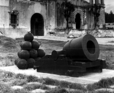 Fachada de la Iglesia del fuerte Loreto
