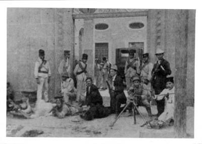 Fuerzas federales defienden la plaza de Monterrey durante el ataque de revolucionarios