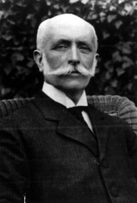 """José Ivés """"Limantour"""", Secretario de Hacienda, retrato"""