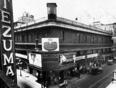 Salón Rojo, cine, fachada