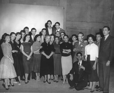 Ignacio López Tarso y actores, retrato de grupo