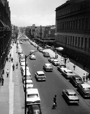 """Vida cotidiana sobre la """"calle de la Corregidora"""""""
