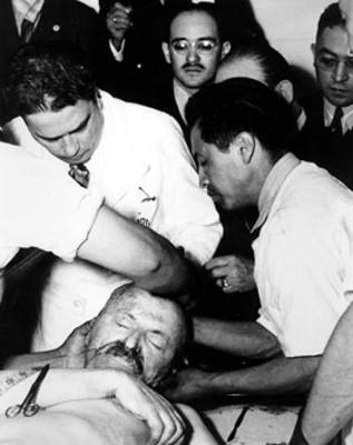 José Rojo de la Vega rinde parte facultativa sobre las heridas de Léon Trotsky