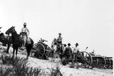 Artilleria de los rebeldes antes de los combates de Torreón