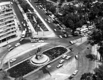 Monumento a Carlos IV en Paseo de la Reforma