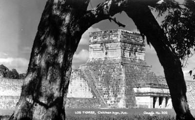 """Templos de los """"Tigres en Chichén Itzá"""""""