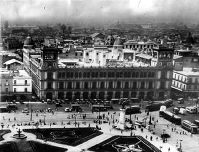 Ayuntamiento Municipal, y alrededores, vista parcial