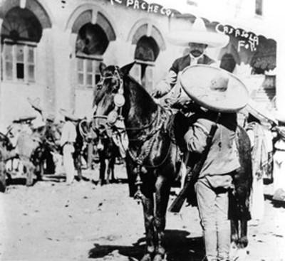 Emiliano Zapata conversa con Francisco Pacheco