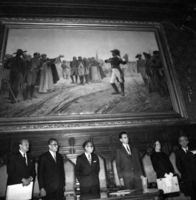 Gustavo Díaz Ordaz junto a los ganadores de los Premios Nacionales de Ciencias, Letras y Artes