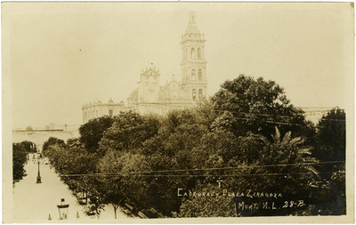 Catedral y plaza Zaragoza, vista panorámica