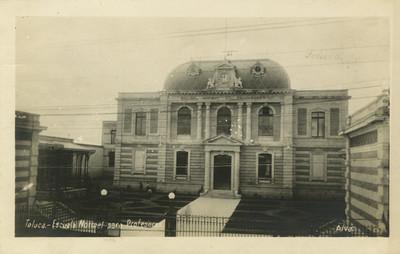 Escuela Normal de Toluca, fachada