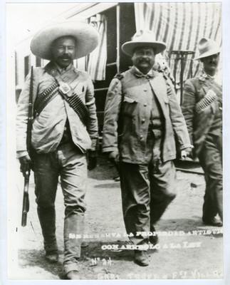 Gral. Trucy y Fco. Villa, durante la campaña contra Orozco