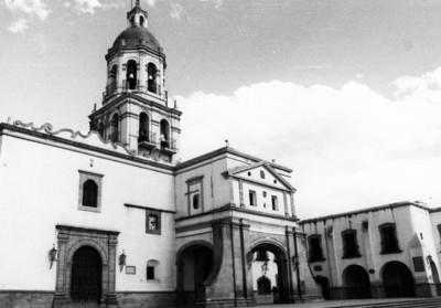 Convento de la Santa Cruz, fachada