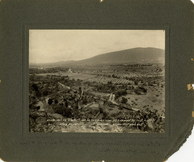 1806. Site of the ancient city west from top of the piramid of the moon. San Juan Teotihuacan, México Ry