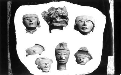 Lote de figurillas de estilo totonaco, reprografía