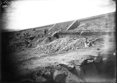 Trabajos de restauración en los basamentos perimetrales de la Ciudadela, reprografía
