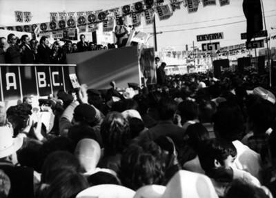 """""""Luis Echeverría Alvarez"""" Pronuncia su Discurso Durante Mitin en """"Campaña Electoral"""""""