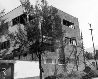 Edificio, vista parcial