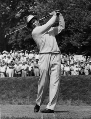 Hombre durante torneo de golf