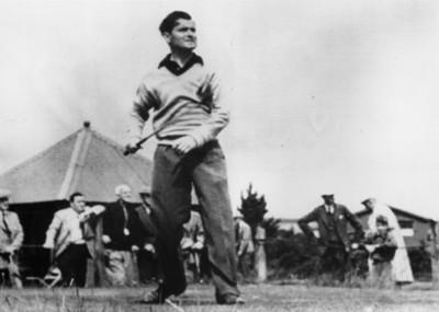 Jugador de golf en el campo