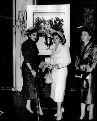 """""""Yolanda Cantú Demigin"""" y """"María Luisa C.de la Concha"""" exposición floral"""