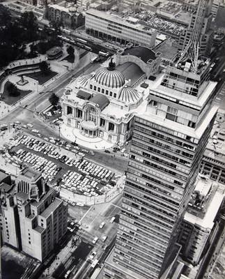 Torre Latinoamericana y Palacio de Bellas Artes, entre otros edificios