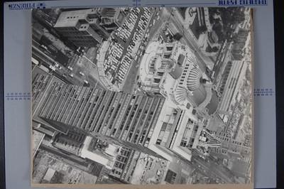 Toma panorámica en la que se captarón la Alameda- vista parcial; el Palacio de Bellas Artes y la Torre Latinoaméricana