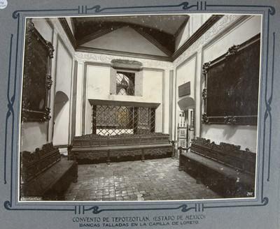 Bancos talladas, en la capilla de Loreto