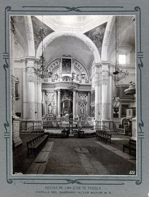 Altar mayor de la Capilla del Sagrario