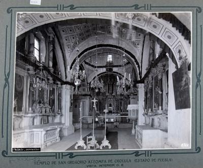 Altar mayor y laterales