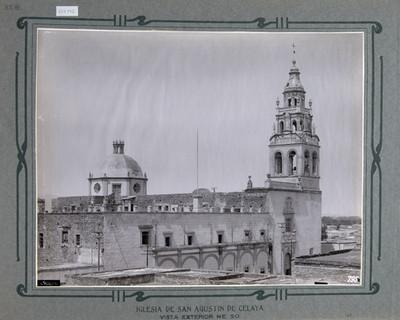 Vista exterior de la Iglesia de San Agustín en Celaya