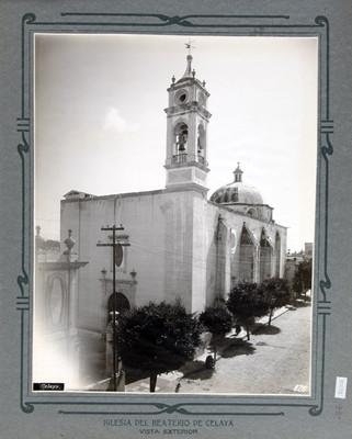 Vista exterior de la Iglesia del Beaterio en Celaya