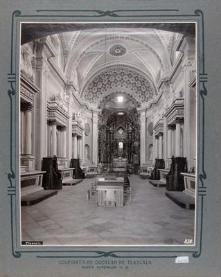 Nave principal y altar Mayor de la Iglesia de Nuestra Señora de Ocotlán